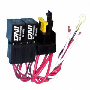 DNI0108 - 2 Mini Relays with Socket, Whipping, Fuse, 4 terminals - 30A - 12V